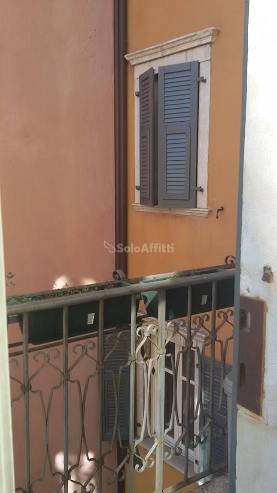 Bilocale Trento Via San Pietro 4
