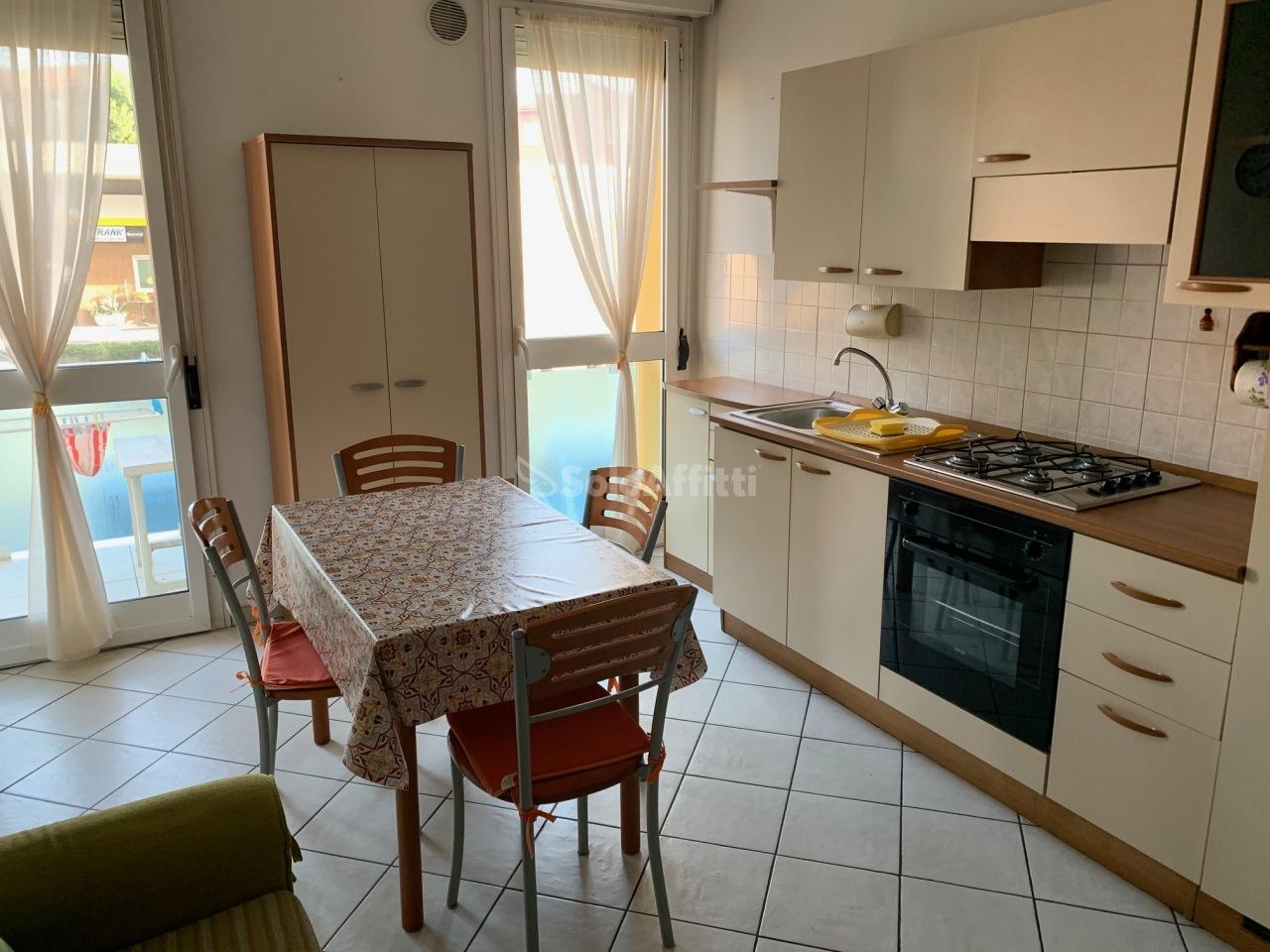 Appartamento in affitto a Cesanella, Senigallia (AN)