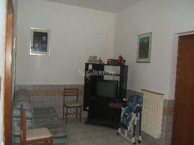 Bilocale Caslino d Erba Via Iv Novembre 2