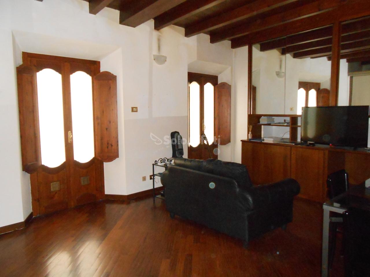 Appartamento, 60 Mq, Affitto - Pavia (Pavia)