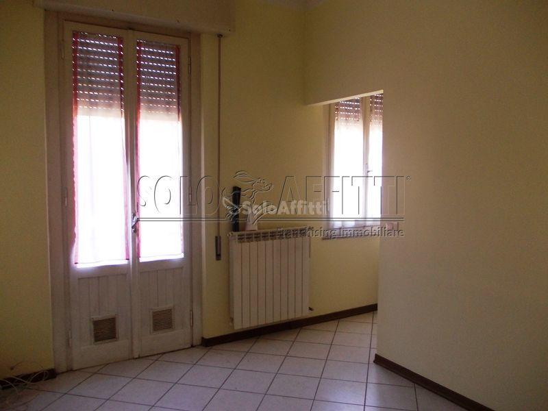 arezzo affitto quart: saione 2b-s.r.l.-di-barra-rosa-e-betti-danilo