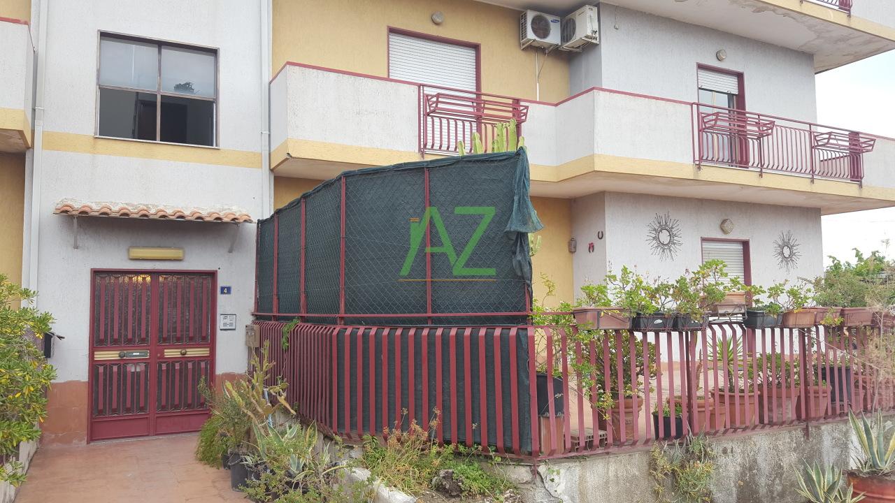 Appartamento in affitto a Belpasso, 5 locali, prezzo € 450 | Cambio Casa.it
