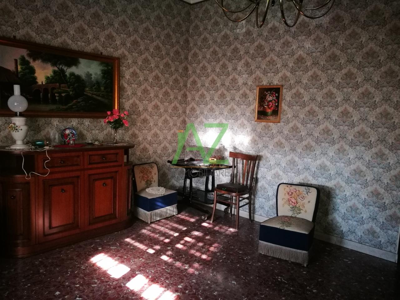 catania vendita quart: centro storico az immobiliare misterbianco