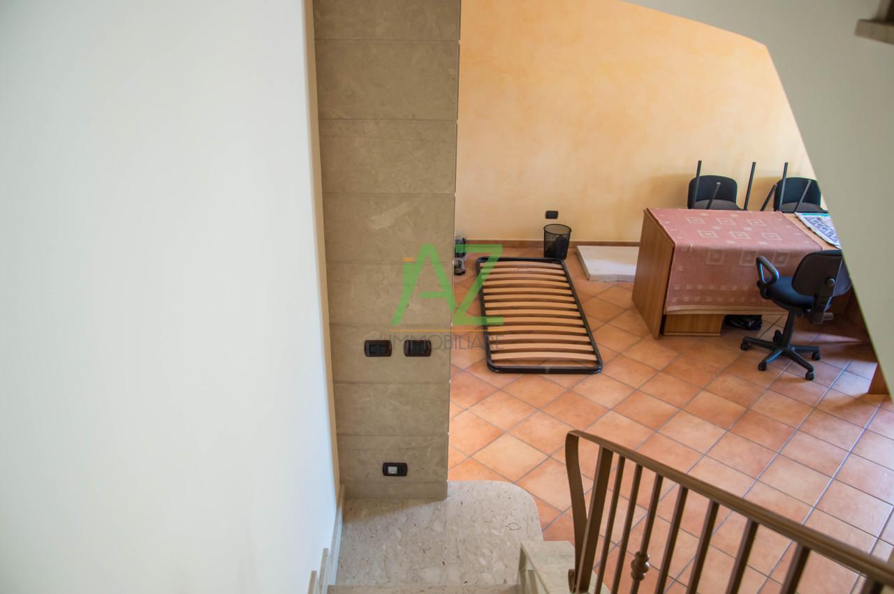 Villa in vendita a Acireale, 5 locali, prezzo € 500.000 | Cambio Casa.it