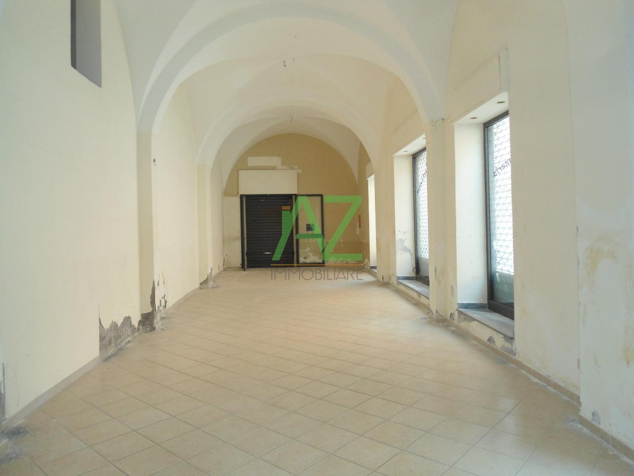 Negozio / Locale in affitto a Acireale, 9999 locali, prezzo € 670 | Cambio Casa.it