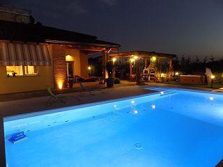 Villa in vendita a Parma, 6 locali, prezzo € 1.000.000 | Cambio Casa.it