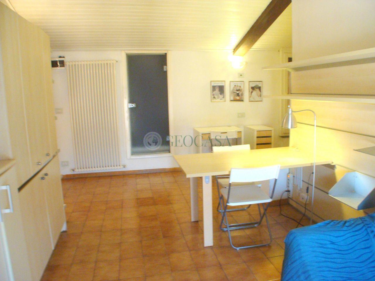 Attico / Mansarda in affitto a La Spezia, 2 locali, prezzo € 430 | Cambio Casa.it