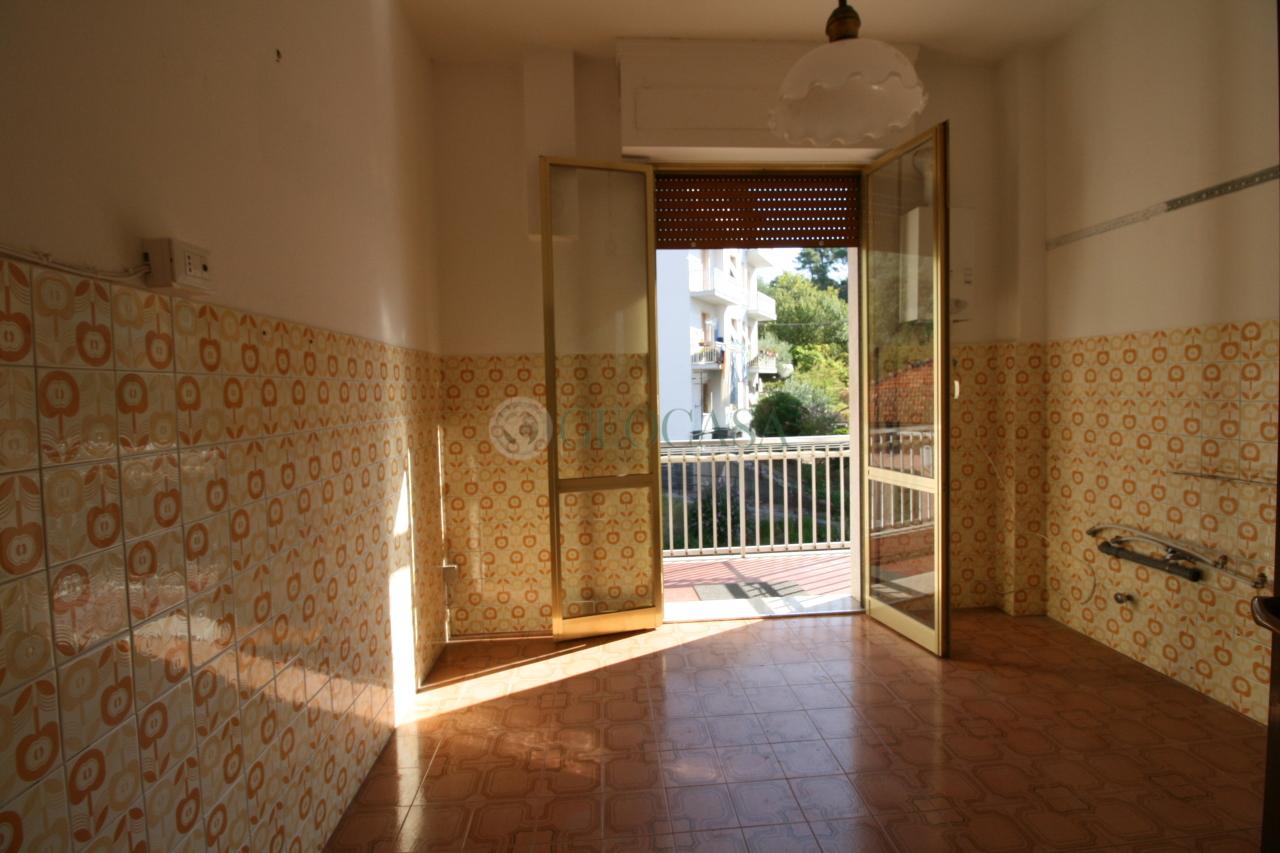 Appartamento in affitto a La Spezia, 3 locali, prezzo € 440 | CambioCasa.it