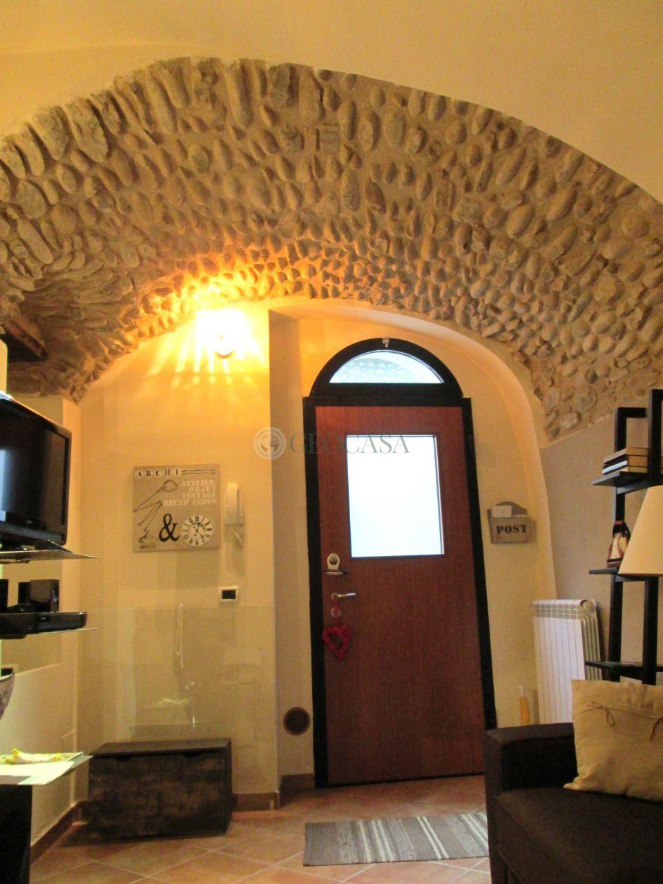 Appartamento in vendita a Licciana Nardi, 2 locali, prezzo € 80.000 | Cambio Casa.it