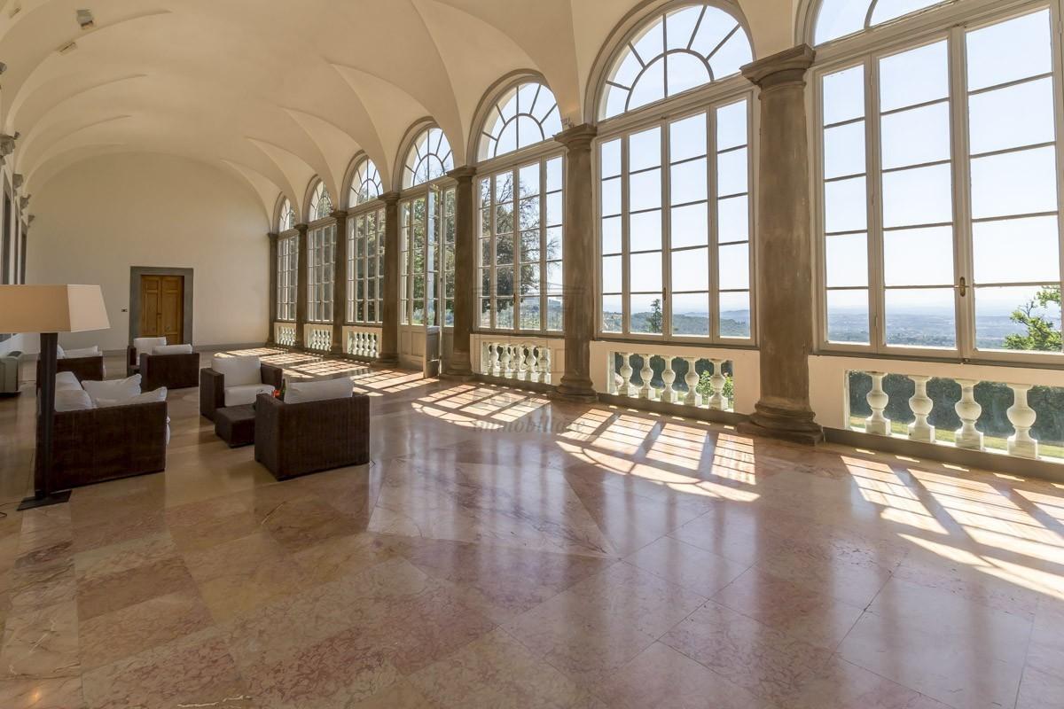Prestigioso appartamento in Villa Guinigi img 9