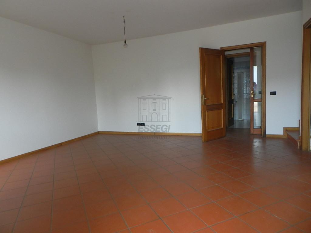 Villetta a schiera Lucca Nozzano Castello IA03219 img 2