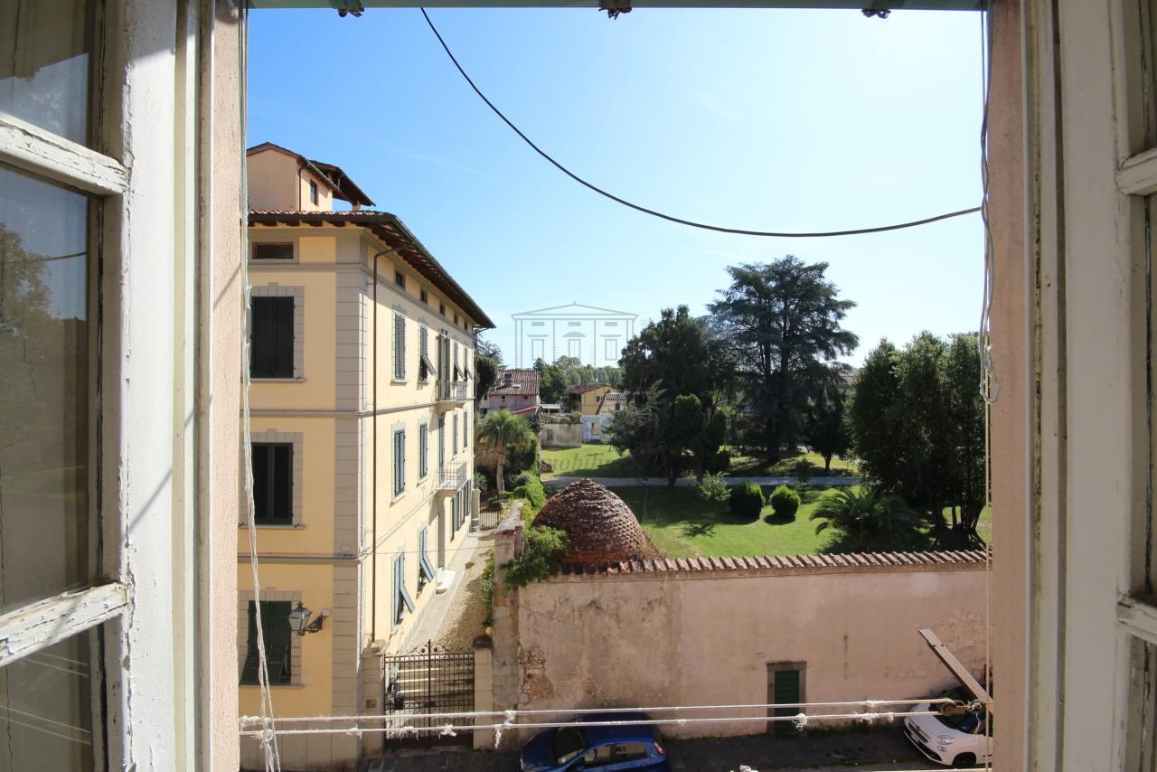 Appartamento Lucca Centro storico IA01549 img 19