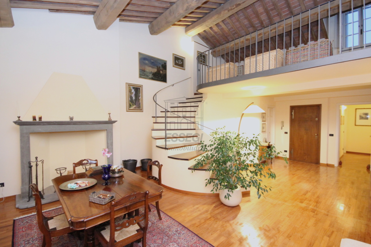 Appartamento Lucca Centro storico IA03230 img 2