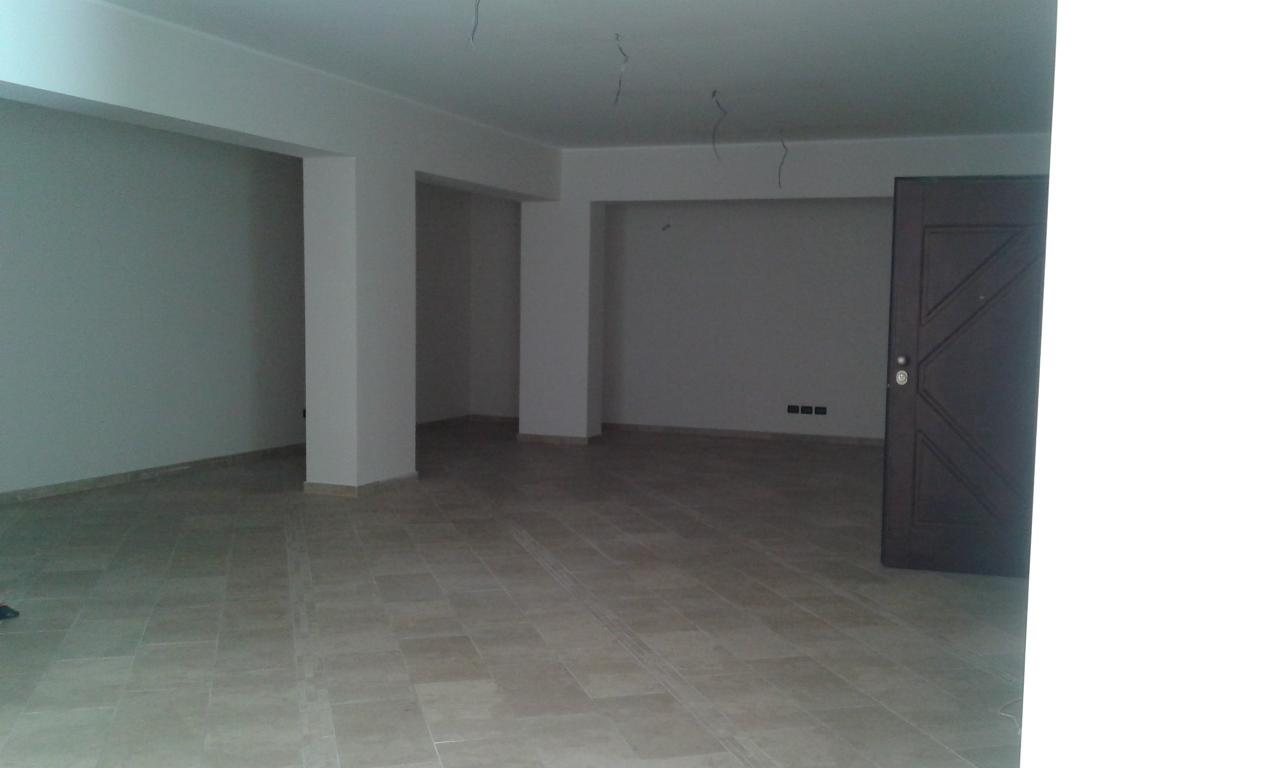 affitto locale commerciale reggio di calabria 1 180  1.800 €