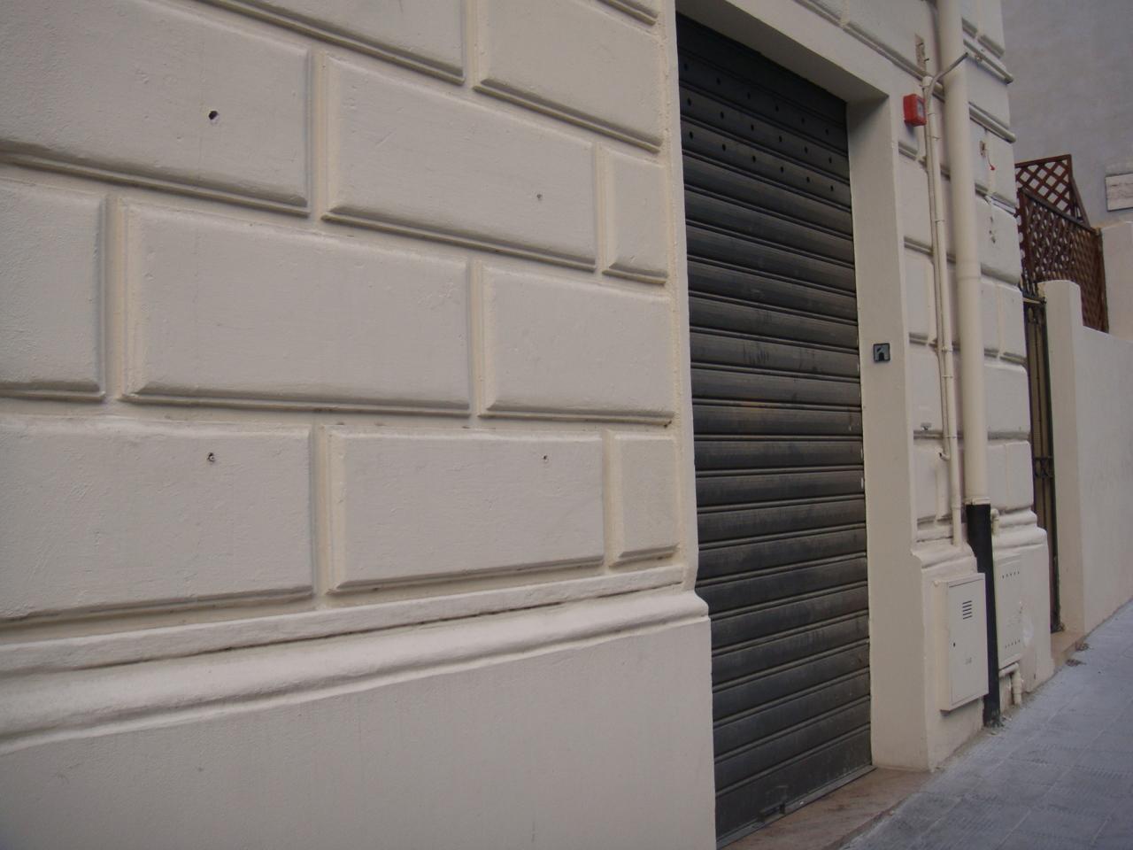 Magazzino in affitto a Reggio Calabria, 2 locali, prezzo € 450 | Cambio Casa.it