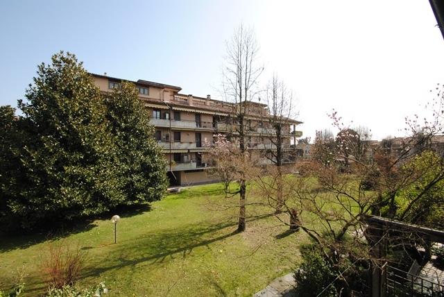 Villa in Vendita a Travacò Siccomario