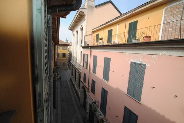 Ufficio / Studio in vendita a Pavia, 8 locali, prezzo € 600.000 | Cambio Casa.it
