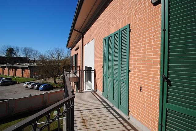 Appartamento in vendita a Pavia, 6 locali, prezzo € 420.000 | Cambio Casa.it