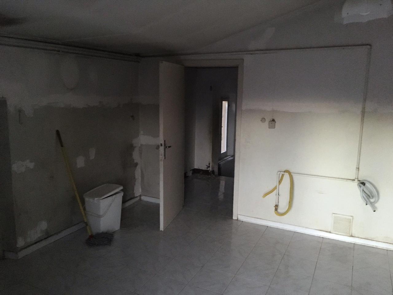 Appartamento quadrilocale in vendita a Jesi (AN)-8