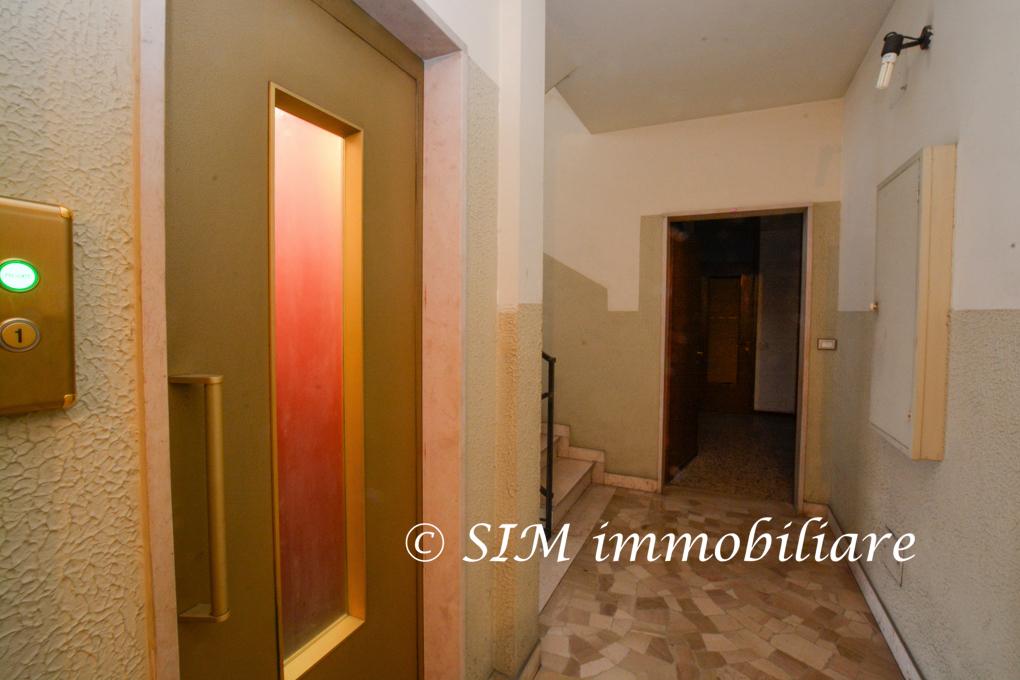 Bilocale Novara Via Andrea Costa Sn 9
