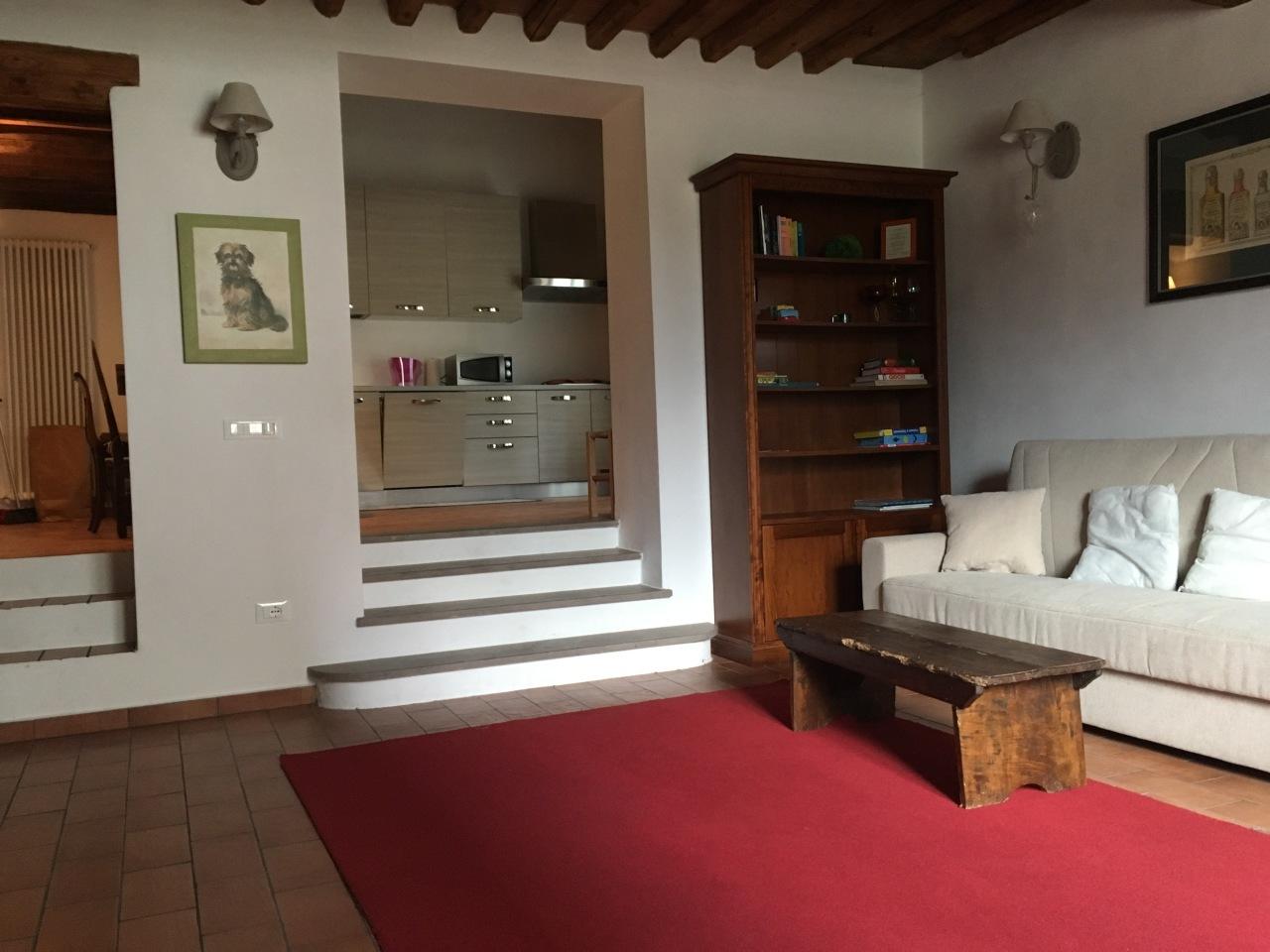 Appartamento in affitto a Pontedera, 4 locali, prezzo € 700 | Cambio Casa.it
