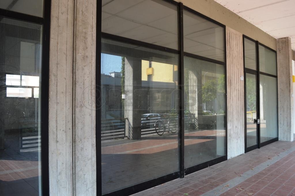 Negozio / Locale in Affitto a Montecchio Maggiore