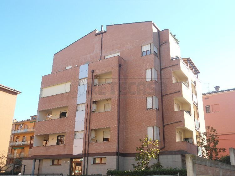 Bilocale Bologna Via Gaspari 3