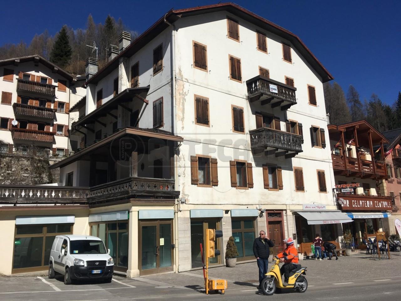 Appartamento in vendita a Forno di Zoldo, 4 locali, prezzo € 95.000 | Cambio Casa.it