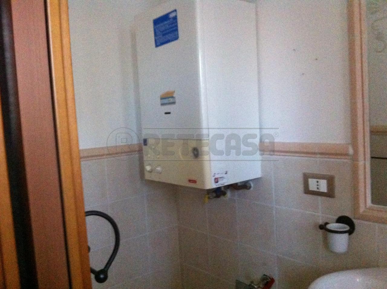 Appartamento trilocale in vendita a Ancona (AN)-14