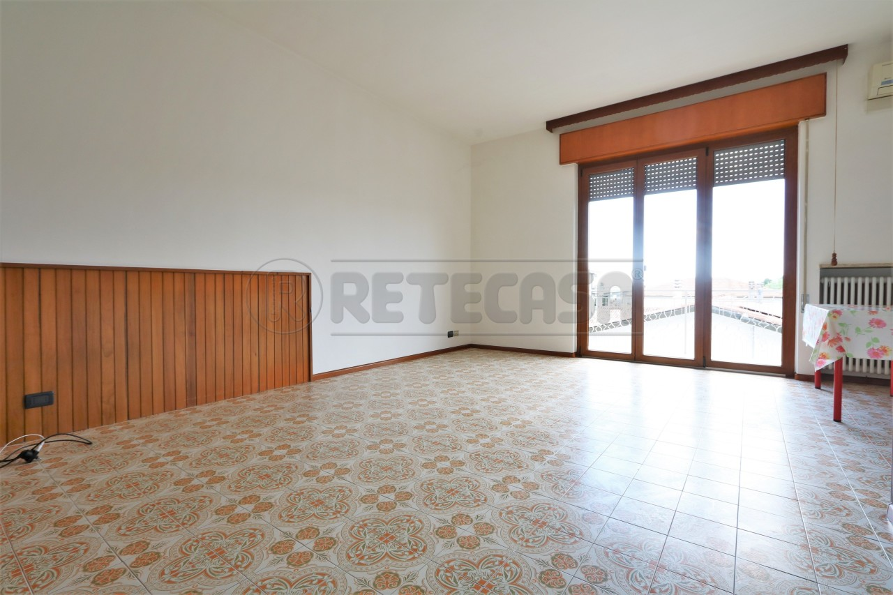 Bilocale in affitto - 113 mq