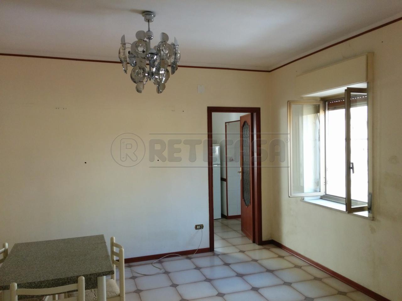 Bilocale Messina Via Chiana 2 5