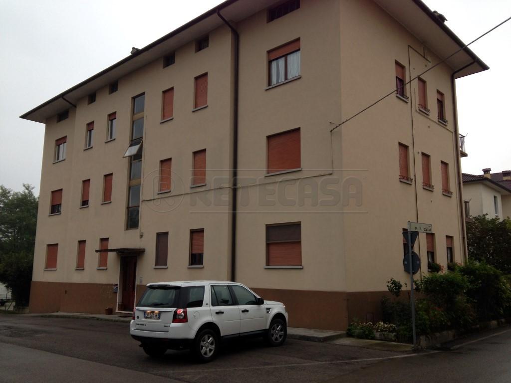 Bilocale Belluno Via Francesco Agosti 30 1