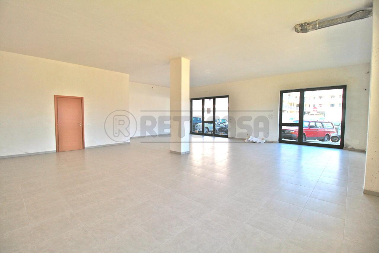 Negozio / Locale in vendita a Lecce, 1 locali, prezzo € 200.000 | Cambio Casa.it