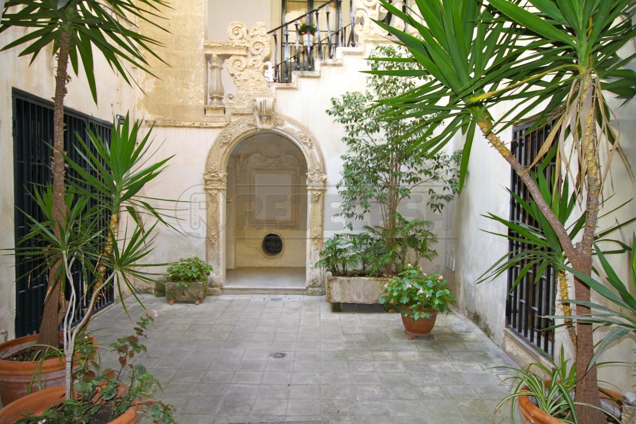 Soluzione Semindipendente in Vendita a Lecce