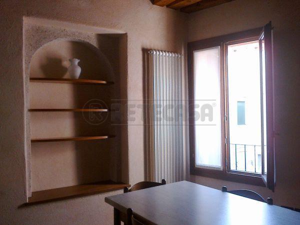 Appartamento in affitto a Bassano del Grappa, 1 locali, prezzo € 350 | Cambio Casa.it