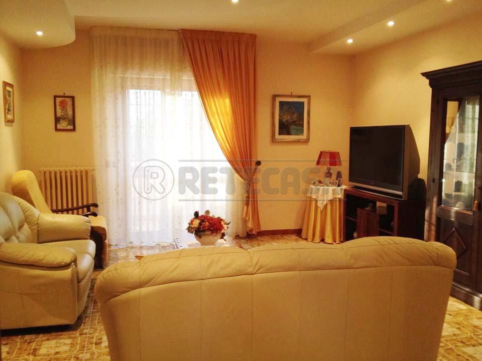 Appartamento in vendita a Bisceglie, 3 locali, prezzo € 135.000 | Cambio Casa.it