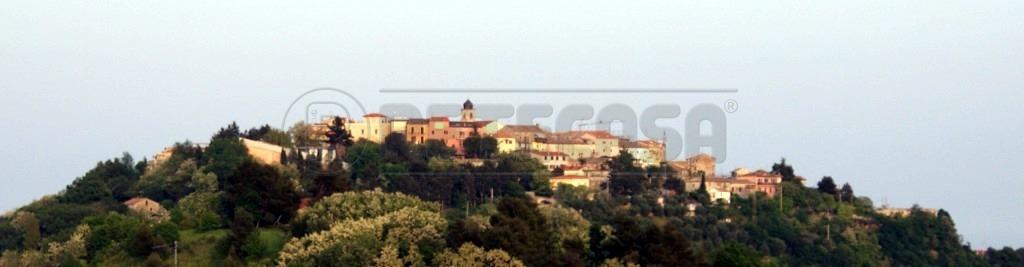 Bilocale in vendita a Ancona in Via Montesicuro