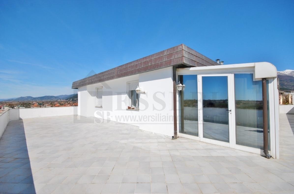 Attico / Mansarda in vendita a Seravezza, 9999 locali, prezzo € 580.000 | Cambio Casa.it