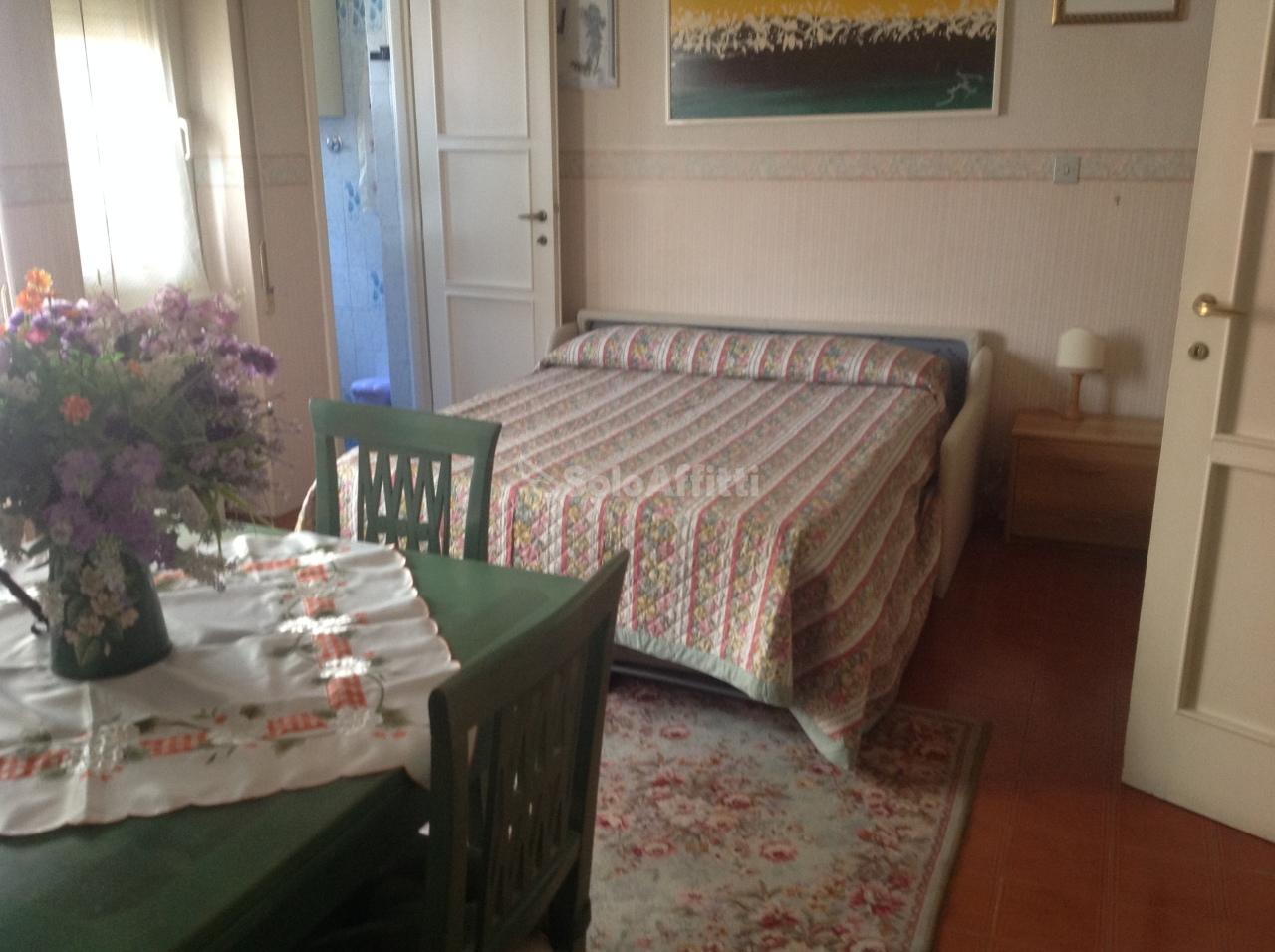 stanza affitto roma di metri quadrati 20 prezzo 400 rif a0005m
