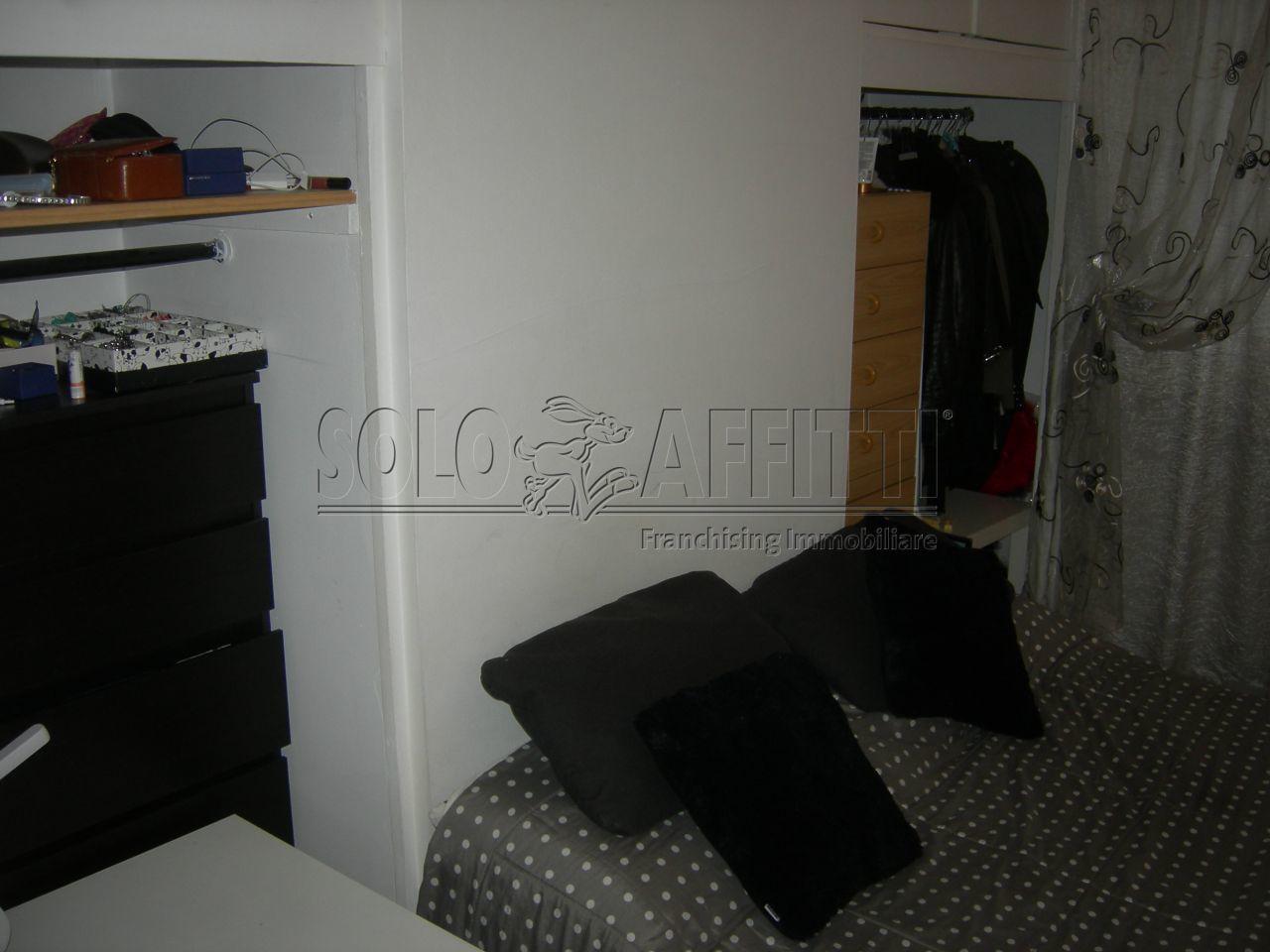 Appartamento in affitto a Torino, 2 locali, prezzo € 450   Cambio Casa.it