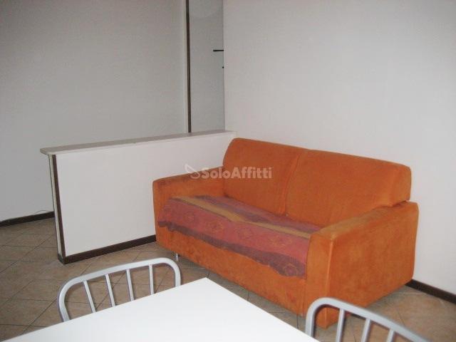 Bilocale Brescia Via Pascoli 15 4