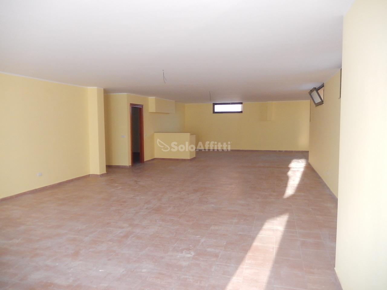 Magazzino in affitto - 140 mq