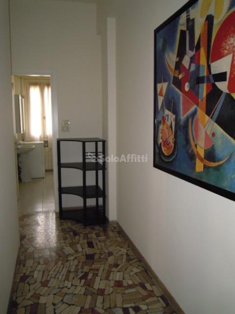 Bilocale Brescia Via Pascoli  9 7