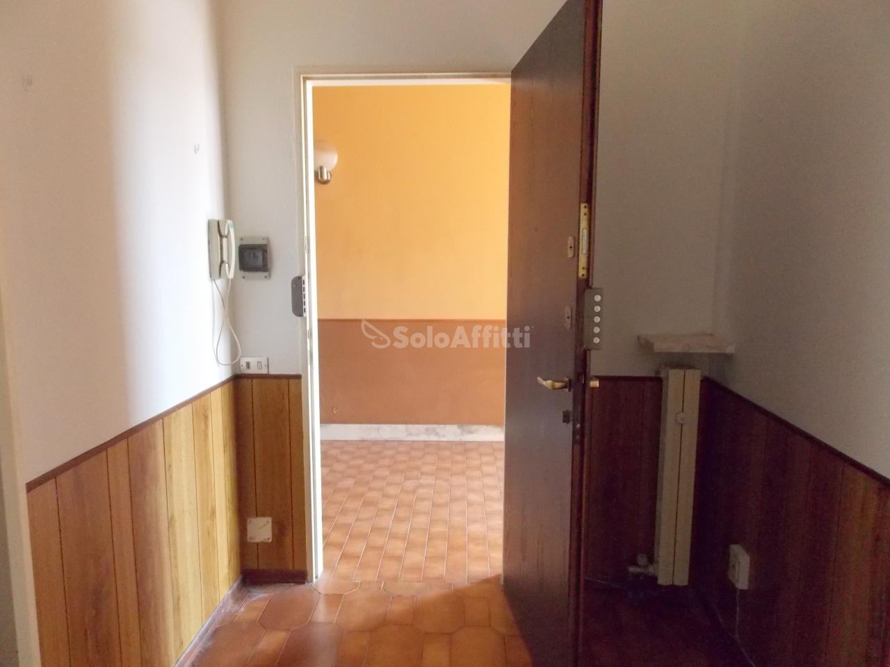 Bilocale Romentino Via Fornaroli   8 9