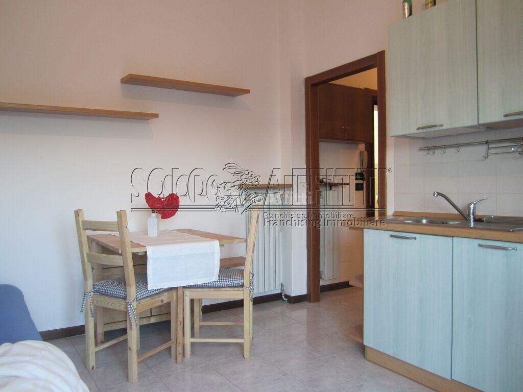 Bilocale Pavia Via Ferrini 66 4