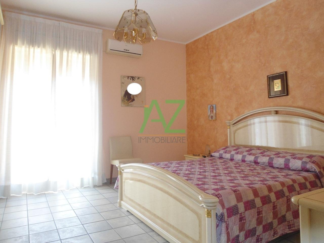 Appartamento in vendita a Aci Catena, 2 locali, prezzo € 65.000 | Cambio Casa.it