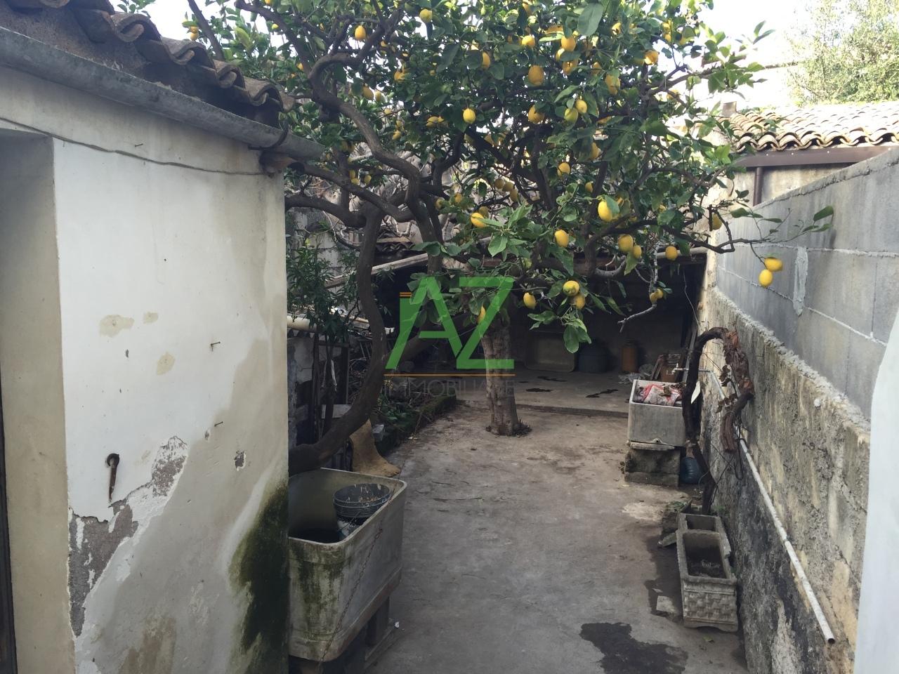 Bilocale Misterbianco Via Carracciolo 75 2