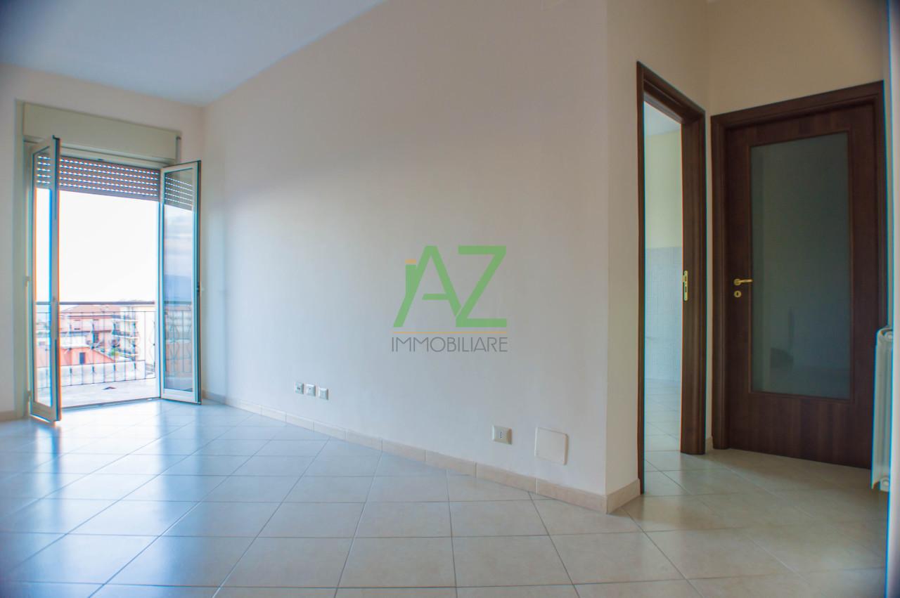 Appartamento in affitto a Giarre, 4 locali, prezzo € 390 | Cambio Casa.it