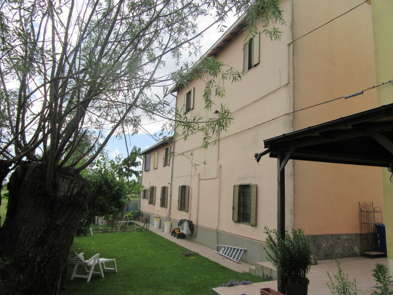 Soluzione Indipendente in vendita a Noceto, 10 locali, prezzo € 315.000 | Cambio Casa.it