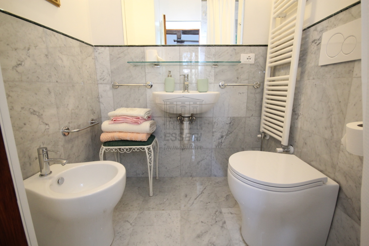 Appartamento Lucca Centro storico IA03309 img 17